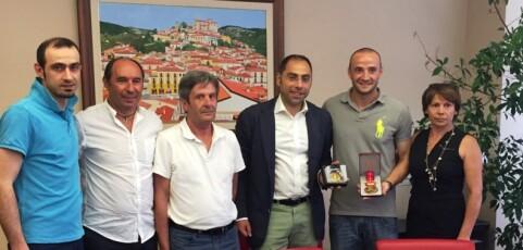 Lacorazza incontra il campione di calcio Roberto Sabato